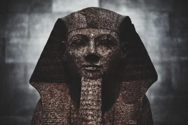 museum_egypt_statue_history-1272486